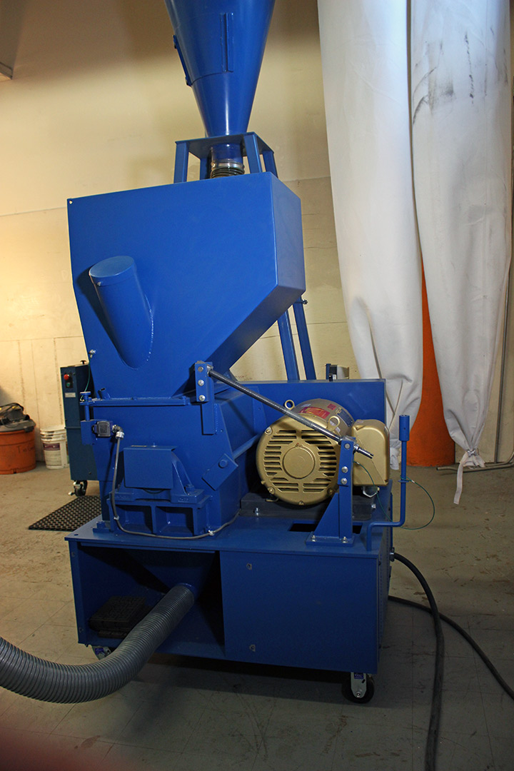 Tool And Cutter Grinding Machine Scrap 60575961400 further C1 Wire Chopping Line Copper Seperator With 25hp Granulator also 310629902045 besides Cute Party Cake Cupcake And Doughnut Displays besides Fan Motors For Refrigerators 10w. on my copper wire granulator